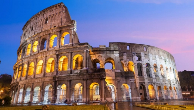 Colosseo -Travel in Rome - italy where else